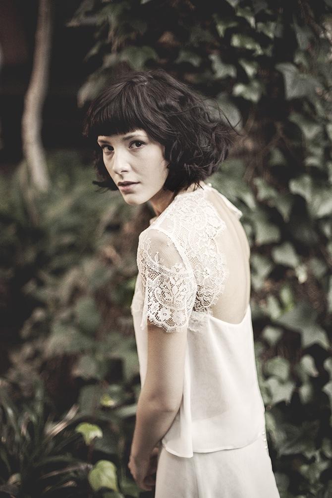 Delikatna suknia ślubna Karolina Twardowska Atelier. Melissa to nietuzinkowe połączenie zwiewnej bluzki ze zmysłową spódnicą z szyfonu.