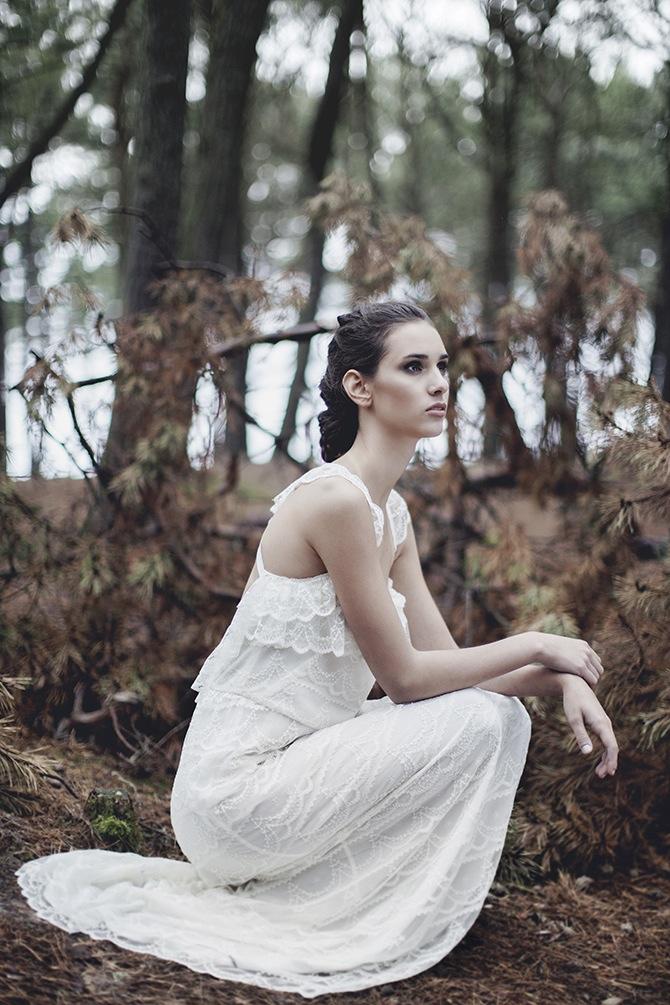 Delikatna suknia ślubna. Estelle - Kolekcja 2016. Polska marka ślubna - Karolina Twardowska Atelier.